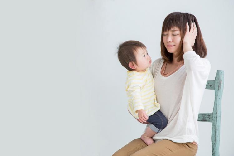 子育てが辛いと感じてしまう時期の原因や対処法